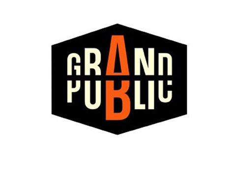 «Fichier-Grand-Public-logo» par France 2 — http://www.france2.fr/emissions/grand-public (image recadrée, mise en transparence et au format png). Sous licence Domaine public via Wikimedia Commons - https://commons.wikimedia.org/wiki/File:Fichier-Grand-Public-logo.jpg#/media/File:Fichier-Grand-Public-logo.jpg