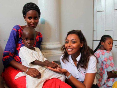 Samira Ibrahim et mamans - maternité tivaouane - crédits Bruno Tocaben - AMREF Flying Doctors