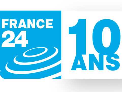 Logo 10 ans de France 24